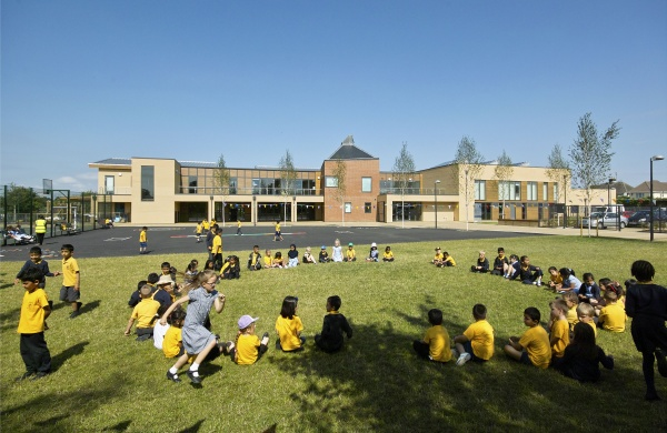 420 place flagship low energy primary school